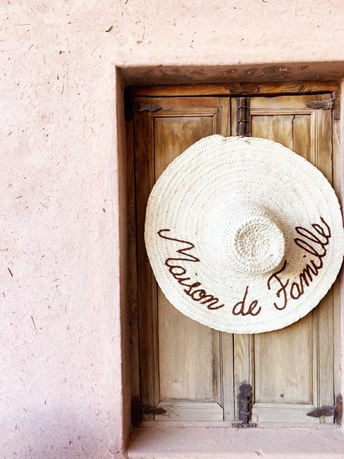 """Chapeau """" Maison de Famille"""""""